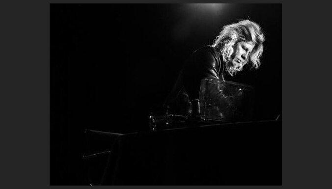 'Skaņu mežā' uzstāsies ambientās mūzikas klasiķis Viljams Basinskis
