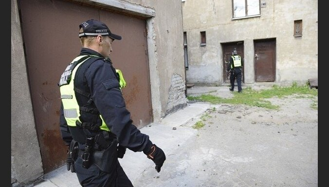 Rīgā par vardarbīgu izturēšanos pret grūtnieci aizturēts 29 gadus vecs vīrietis