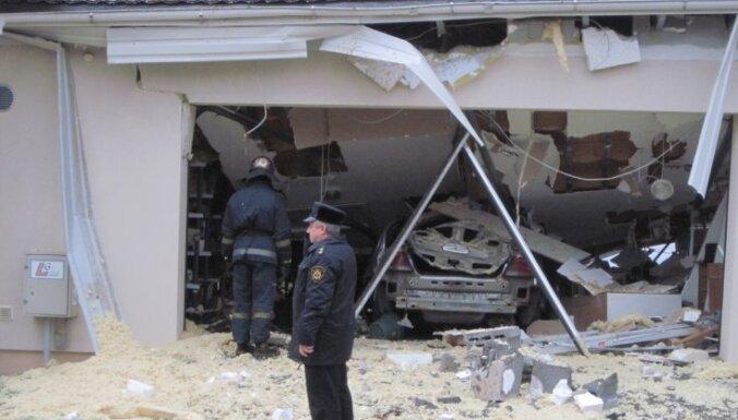 """Взрыв в гараже в Берги: могло """"прохудиться"""" газовое оборудование"""