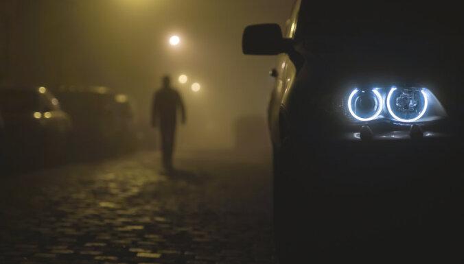 Трагедия на дороге Рига — Огре: в Икшкиле насмерть сбит пешеход