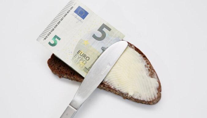 Налоговые долги в Латвии стали меньше миллиарда евро