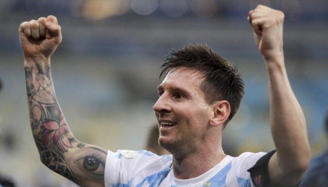 Аргентина покинула поле во время матча с Бразилией из-за возможного ареста игроков