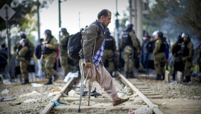 Меркель призвала ЕС установить квоты на миграцию, Париж заявил о переборе беженцев