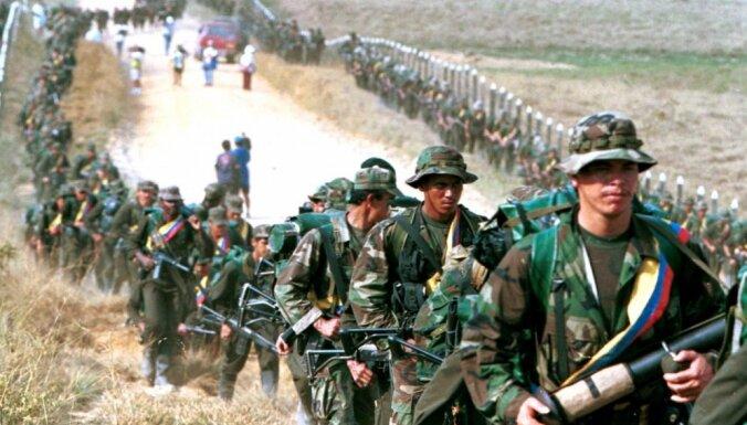 Santoss ANO pasludina, ka 'karš Kolumbijā ir beidzies'
