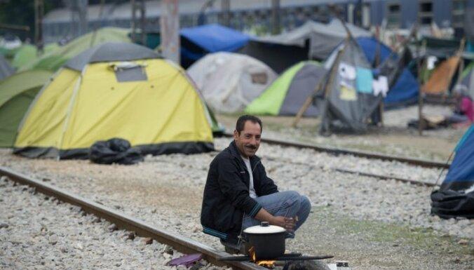 ЕС критикует Латвию за несоразмерные требования к беженцам