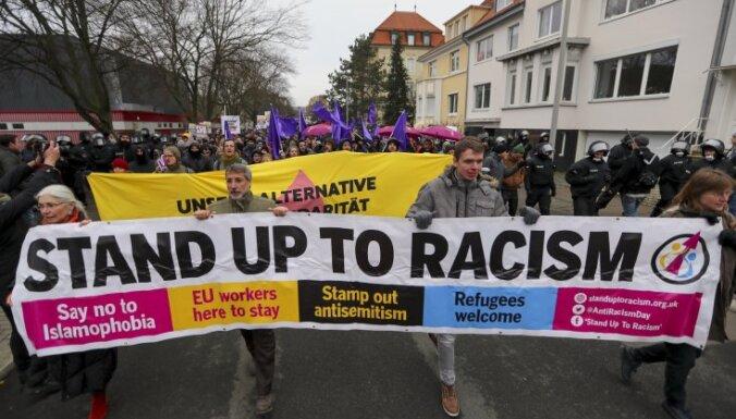 """Съезд """"Альтернативы для Германии"""" спровоцировал стычки с полицией"""