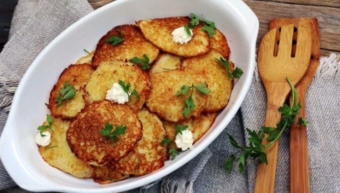 Kartupeļu pankūkas latgaliešu gaumē jeb 'buļbu bliņas'
