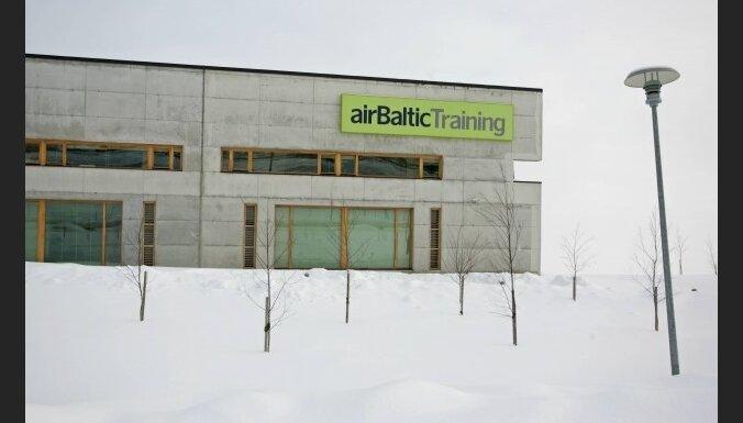 Atklāj 'airBaltic Training' aviācijas apmācību centru Rīgā