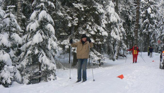 Līgatnē ar nakts pasākumu 'Lūšiem pa pēdām' atklās distanču slēpošanas trasi