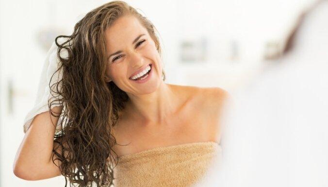 Mazgāt matus bez šampūna. Kas ir 'no poo' metode