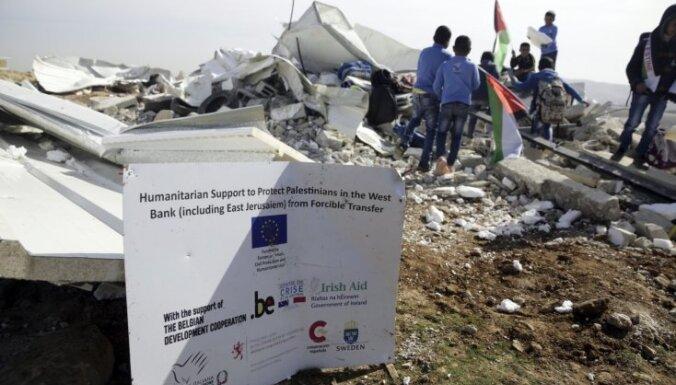Foto: Izraēlas armijas nojaukta ES finansētā beduīnu skola