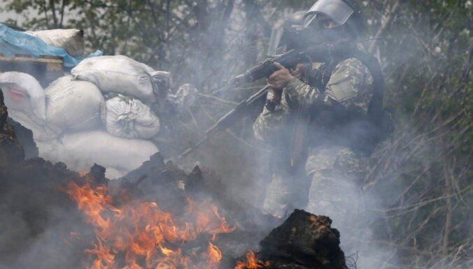 Kaujas Ukrainā, Lipmans neatkāpjas, karstums turpināsies