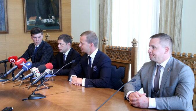 Četri bijušie 'Saskaņas' deputāti Rīgas domē izveido neatkarīgu frakciju