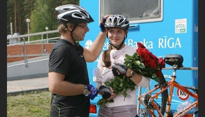 Ушаков назвал фантазиями утверждения Мамыкина о своей бывшей жене Елене