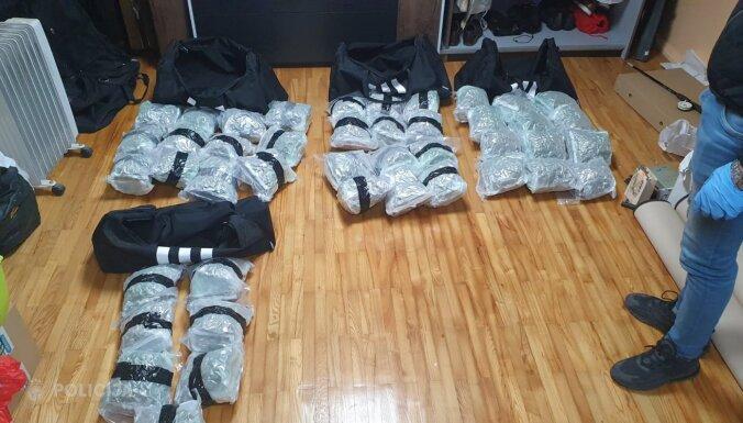 Pie starptautiska narkotiku tirgoņu grupējuma policija atrod 28 kilogramus marihuānas