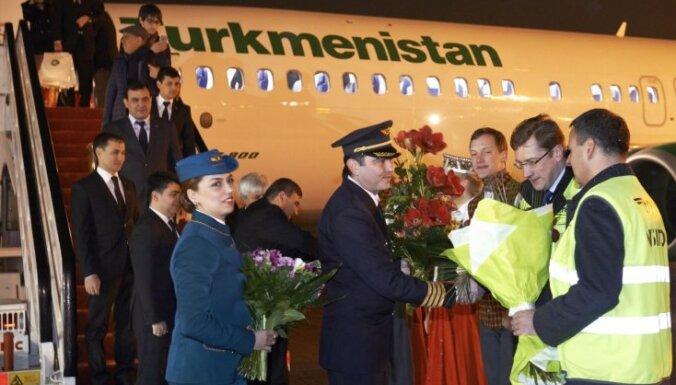 Lidostā 'Rīga' darbu uzsāk 'Turkmenistan Airlines'; jau tuvākajā laikā plāno lidojumus uz Toronto