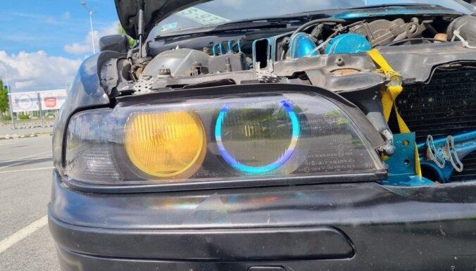 Foto: Tehniskās apskates reidi turpinās; rekordists – BMW ar 23 konstatētiem defektiem