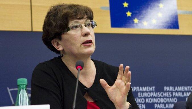 """Калниете заявила, что через 2 года уйдет из политики: """"Думаю, мы очень надоели народу"""""""