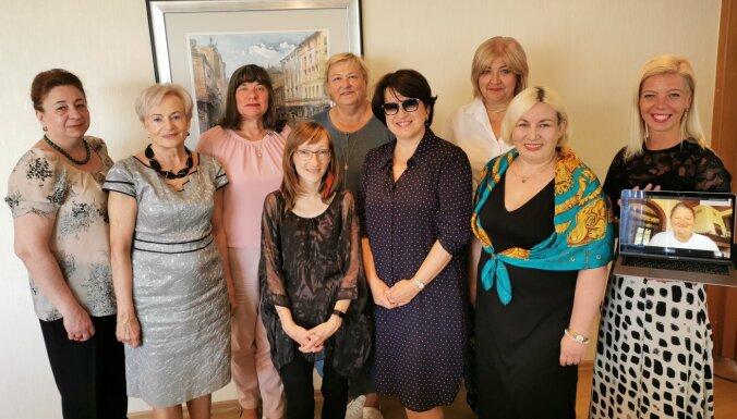 Popularizējot sieviešu pārstāvniecību transporta nozarē, aicina uz jaundibinātas biedrības konferenci