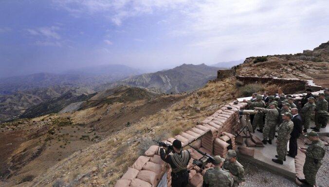 Турецкие танки пересекли границу с Ираком