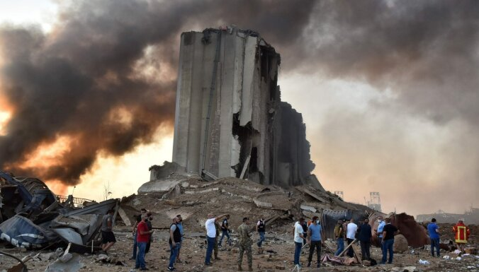 135 miruši, 5000 ievainoti – Beirūtas ostas amatpersonām pieprasa mājas arestu