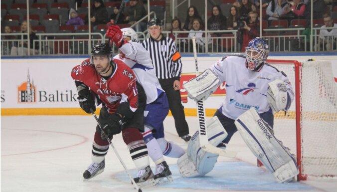 На этапе Евровызова сборная Латвии проиграла французам