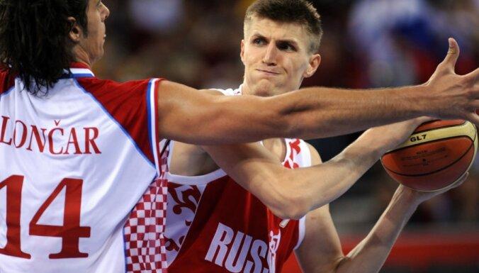 Латвия сыграет с Россией в Риге в пятницу