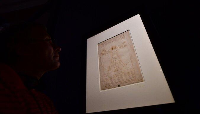 Leonardo 'Vitrūvija cilvēks' tomēr varēs doties uz Luvru