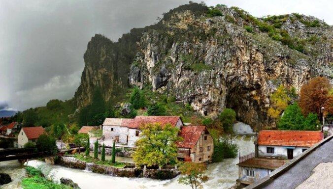 Spēcīgākais avots Eiropā - tirkīzzilā Balkānu pērle Buna