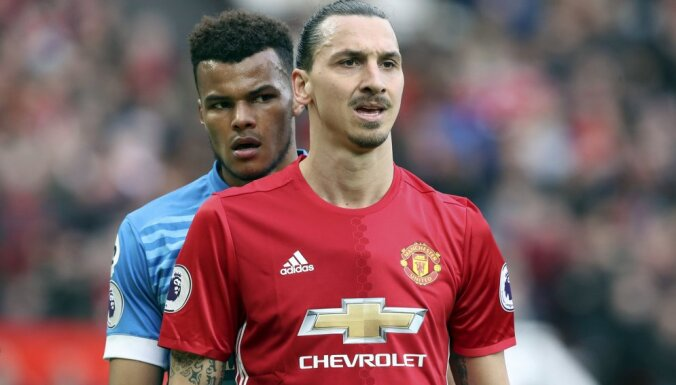 Bournemouth Tyrone Mings, Manchester United s Zlatan Ibrahimovic