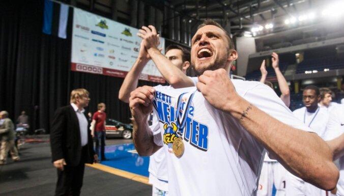 Фантастическое попадание Шкеле среди лучших моментов года FIBA Europe