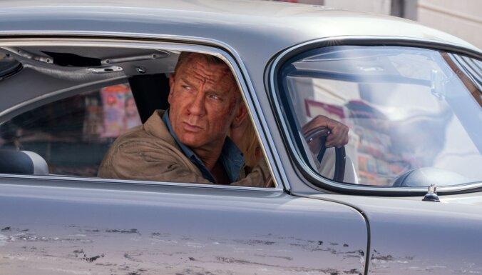 Pēc nonākšanas 'Amazon' paspārnē Džeimsa Bonda filmas paliks uz lielā ekrāna