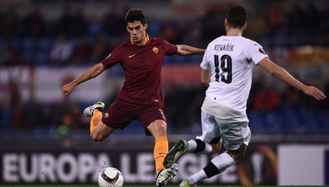 Roma s midfielder Diego Perotti of Argentina