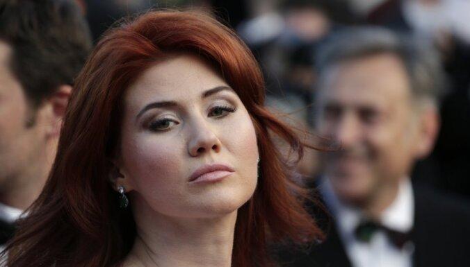 """СМИ: Муж """"гламурной шпионки"""" Анны Чапман умер в возрасте 36 лет"""