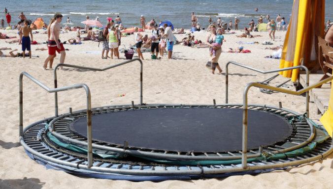 Смерч на пляже в Паланге: ребенок попал в реанимацию