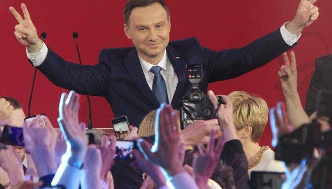 Президент Польши пригласил НАТО создать военные базы на восточном фланге альянса