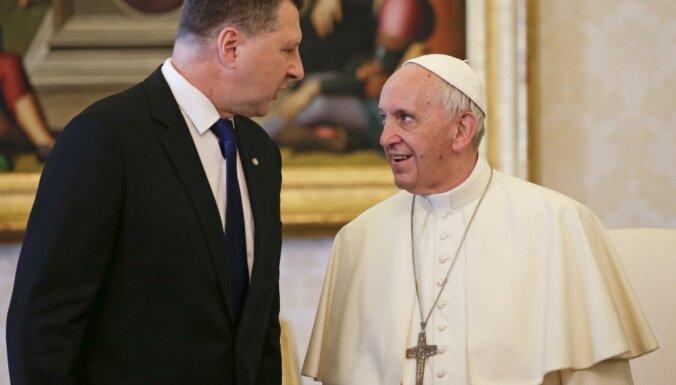 ФОТО: президент Латвии встретился c папой римским Франциском