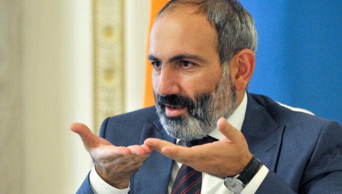 Парламент Армении не избрал Пашиняна премьером— он этого и хотел