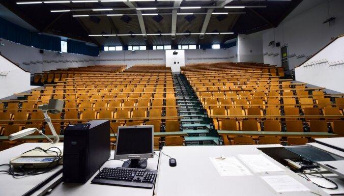 Latvijas lielās augstskolas apsver iespējas noteikt ierobežojumus 'Covid-19' dēļ
