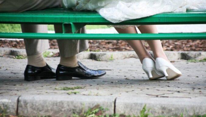 Nelāgi laulātu pāru ieradumi, kas lēnām grauj viņu attiecības