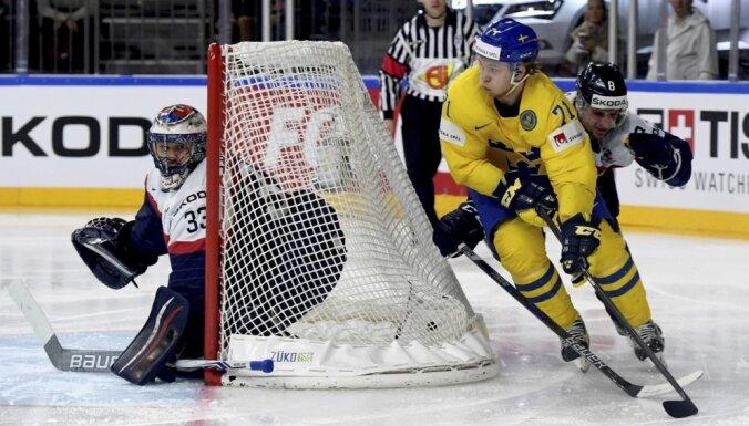ВИДЕО, ФОТО: Шведы нанесли словакам шестое поражение и вышли в плей-офф на Швейцарию