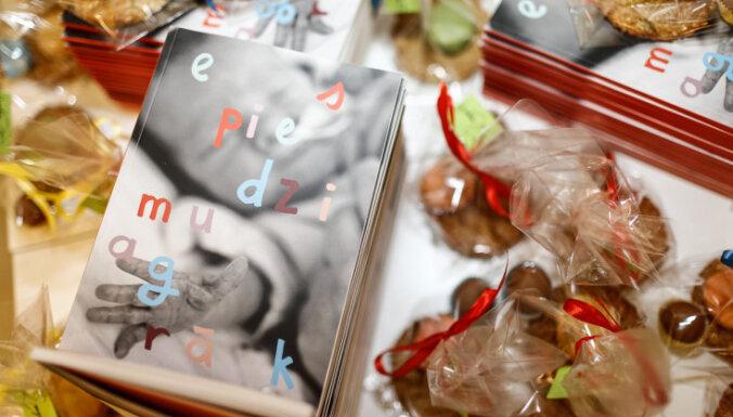 Iznākusi Latvijā pirmā grāmata par priekšlaikus dzimušo bērnu aprūpi 'Es piedzimu agrāk'