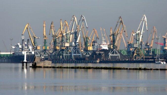Osis: Krievu salas konkursa novilcināšana draud ar investīciju un kravu zaudēšanu