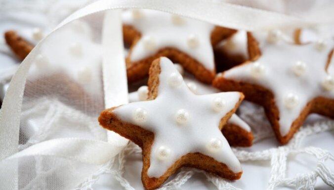 Торговцы рассказали о ценах на мандарины, пипаркукас и другие рождественские вкусности