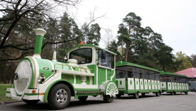 Mežaparkā bērnu nāvējoši traumējušais vilcieniņš kursējis bez līguma