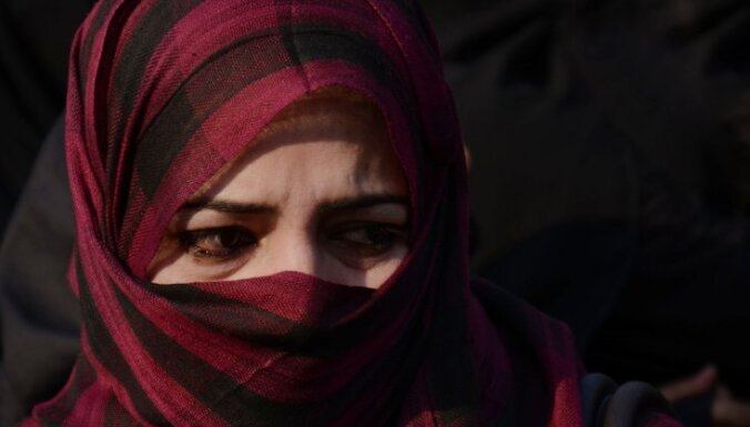 Шведа оштрафовали на $3000 за поедание бекона перед мусульманками