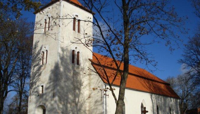 Один из самых маленьких городов Латвии: что посмотреть в окрестностях Пилтене