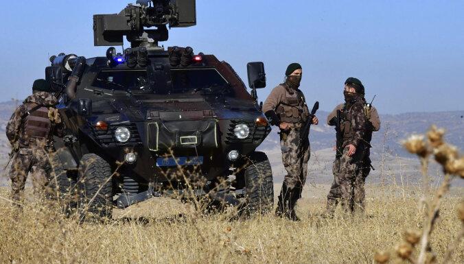 Turcijā uz iedzīvotāju tiesību rēķina aug policijas pilnvaras
