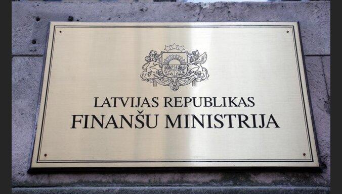 FM ierēdnis: nākamā gada budžeta nodokļu pakete ir kompromisa variants