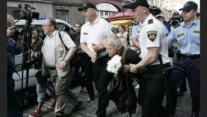 Ковалевска: Мурниеце не имела права мешать шествию Фрейманиса и Шишкина